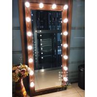 Гримерное зеркало с подсветкой из массива дерева 180х80 Орех