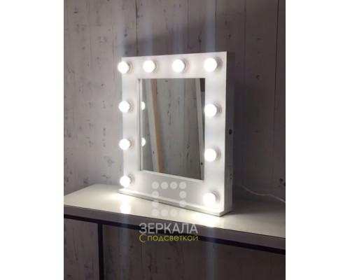 Гримерное настольное зеркало с подсветкой, подставкой и розеткой 60х65 см
